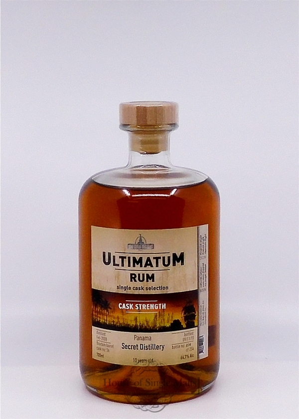 Ultimatum Rum Secret Distillery 10 Years (Panama)